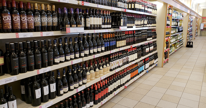 Chamber Of Commerce Recommends Online Booze Sales As Ontario Modernizes Alcohol Laws photo