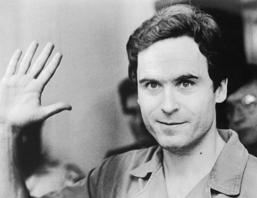 ted bundy in court 1 Drinks Prisoners Ordered on Death Row