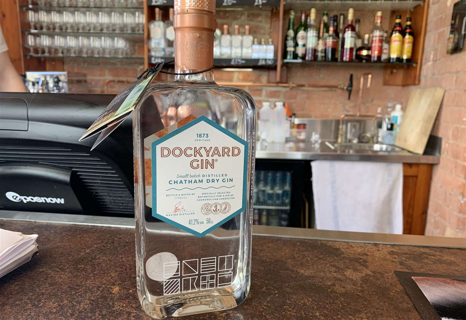 Weather Boosts Kent's Gin photo