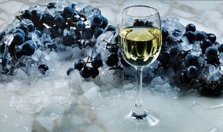 Demand Analysis On Ice Wine Market With Key Players: Reif Estate Winery, Walter Hainle, Donnhoff, Dr. Loosen And More photo