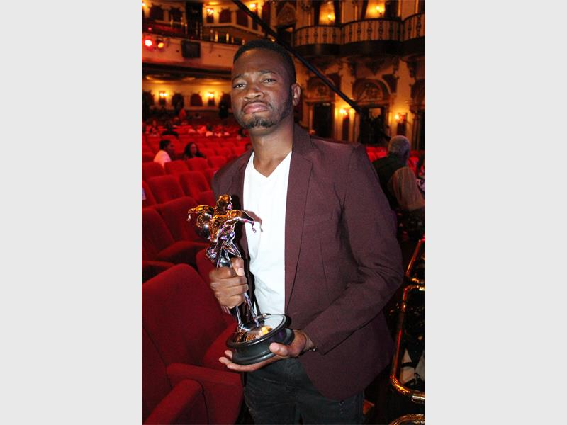 Watch: Chomi Ya Jeso Wins Savanna Newcomer Of The Year Award photo