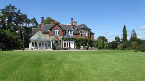Pioneering Family Are Selling A 100ac Tipperary Estate Once Home To The Denny Bacon Dynasty photo