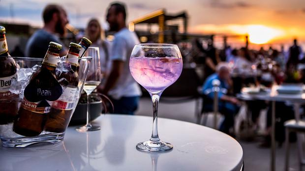 4 Of The Trendiest Rooftop Bars In Gauteng photo