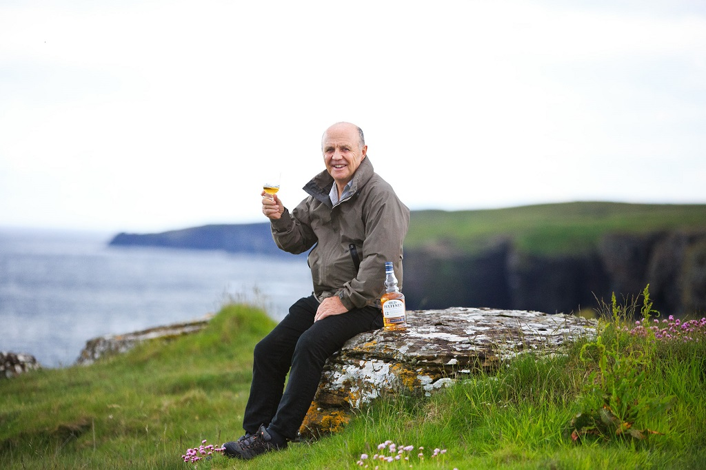 Blue Planet Cameraman's Whisky Partner photo