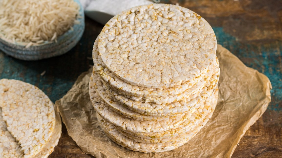 are rice cakes healthy 1296x728 feature 5 Snacks Approved By Dietitians for Long Rides