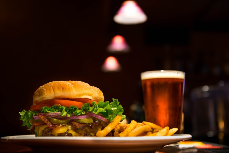 How To Pair Beer and Food Like An Expert photo