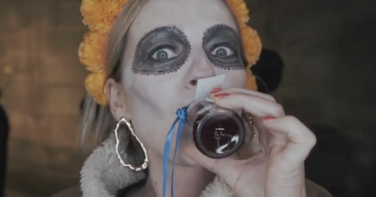 There's A Boozy Halloween Ghost Tour In Edinburgh And You Stop Off For Cocktails photo