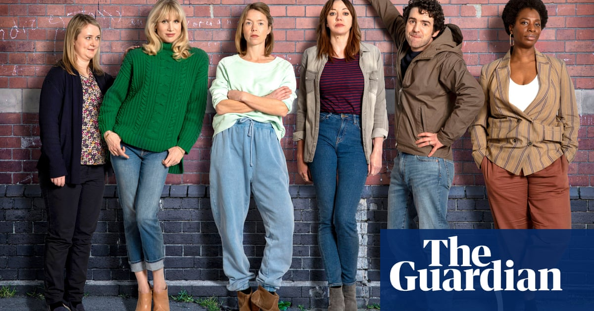 Sharon Horgan On Mean Mums And Motherland's Return photo