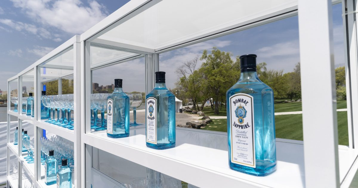 Bombay Sapphire Maker Sued Over Stupid Florida Gin-ingredient Ban photo