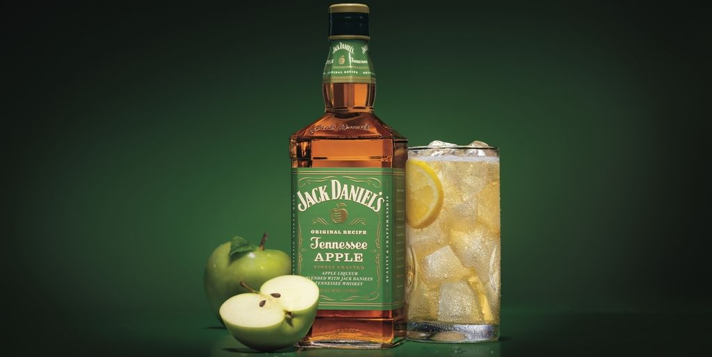 Jack Daniels? New Apple Whiskey Is Begging To Be Added To Hot Toddies This Fall photo