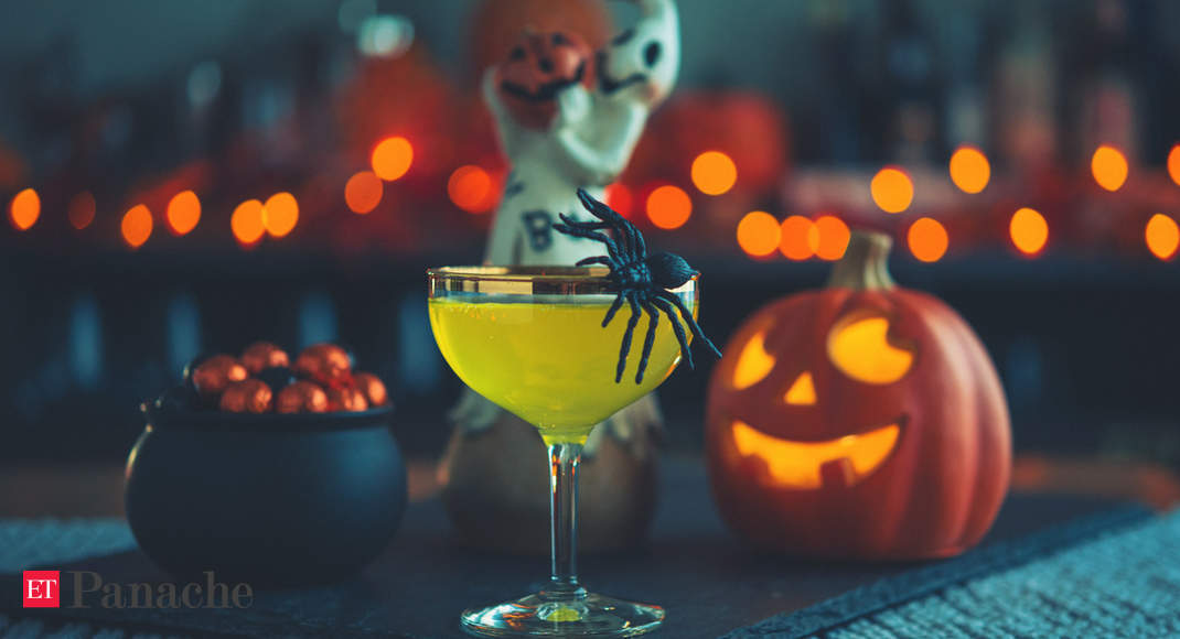 Planning A Low-key Halloween Party? Last-minute Recipes For Filling Meal, Delicious Cocktail photo