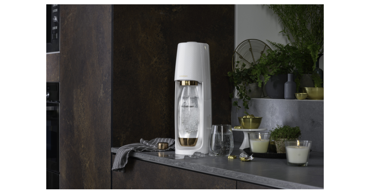 Sodastream Launches Limited Edition Gold And Rose Gold Machines For A Bubbly And Environmentally-friendly Holiday photo