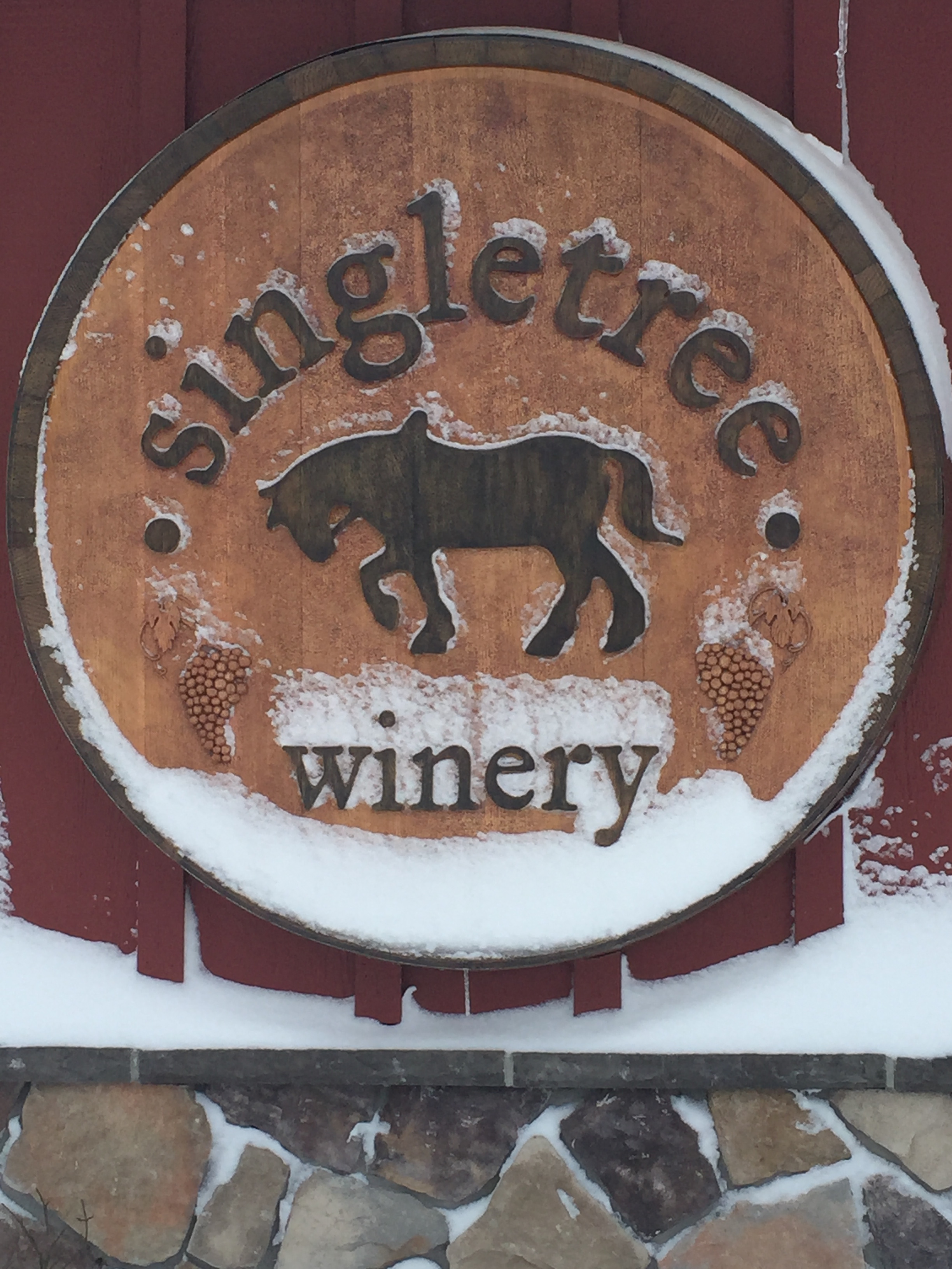 Canadian Wineries That Stay Open In Winter photo