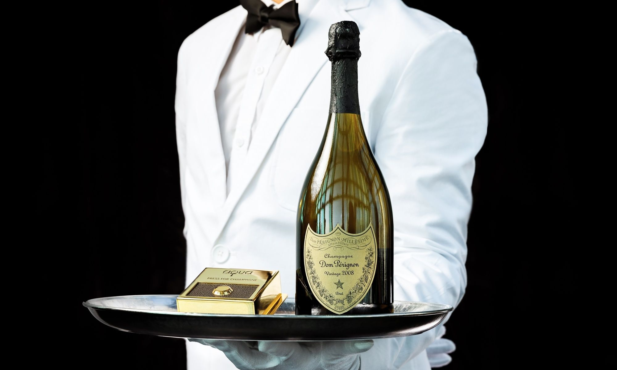 Tsim Sha Tsui?s Aqua Launches Exquisite Brunch With Dom Perignon Champagne photo