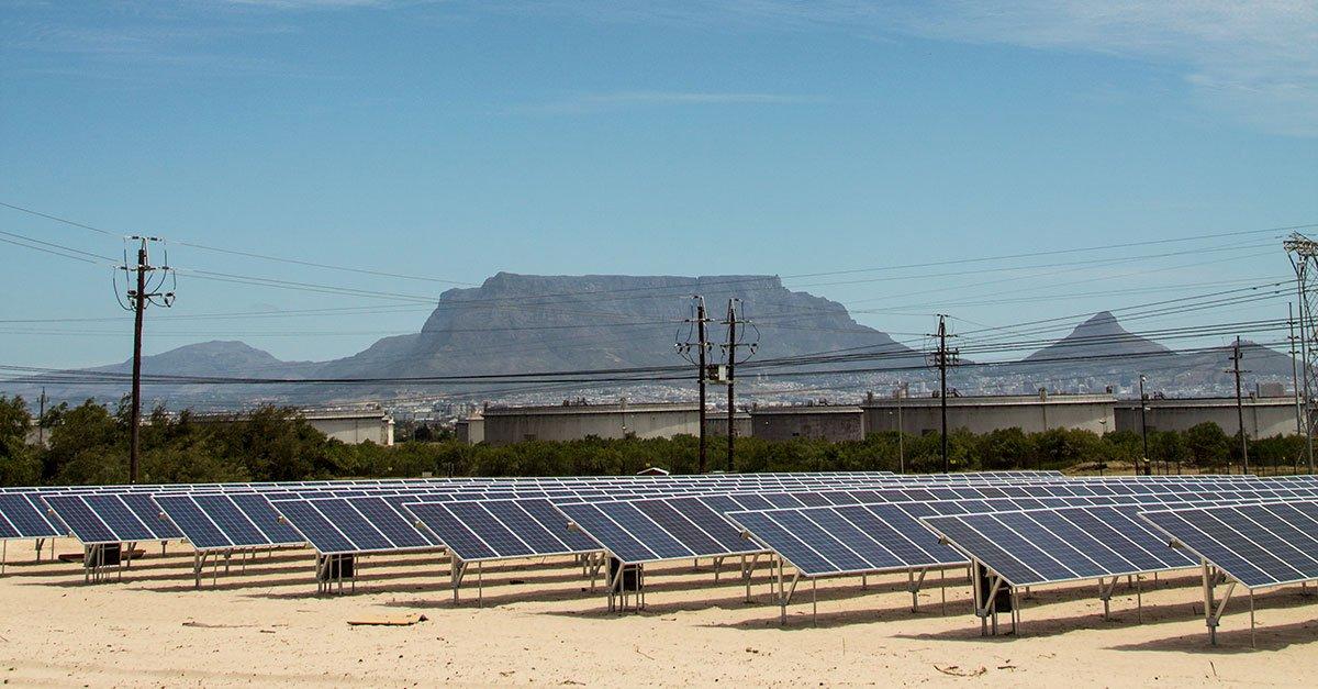 Solar power lights up De Grendel photo