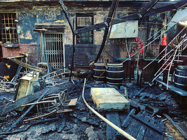 Famous Cape Town Pub Destroyed By Fire photo