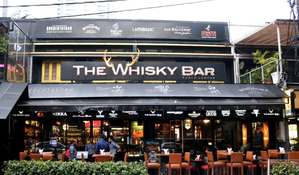 4 Perfectly Chilled Places To Pair Whiskey And Food In Kl photo