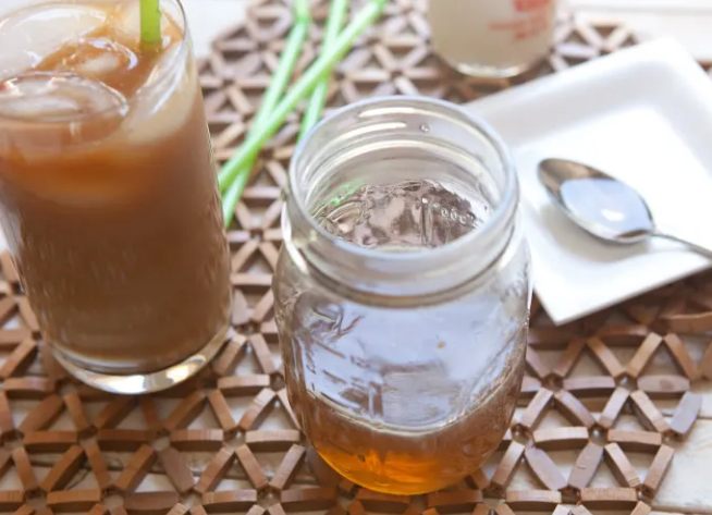 How To Make Homemade Caramel Syrup For Your Coffee photo