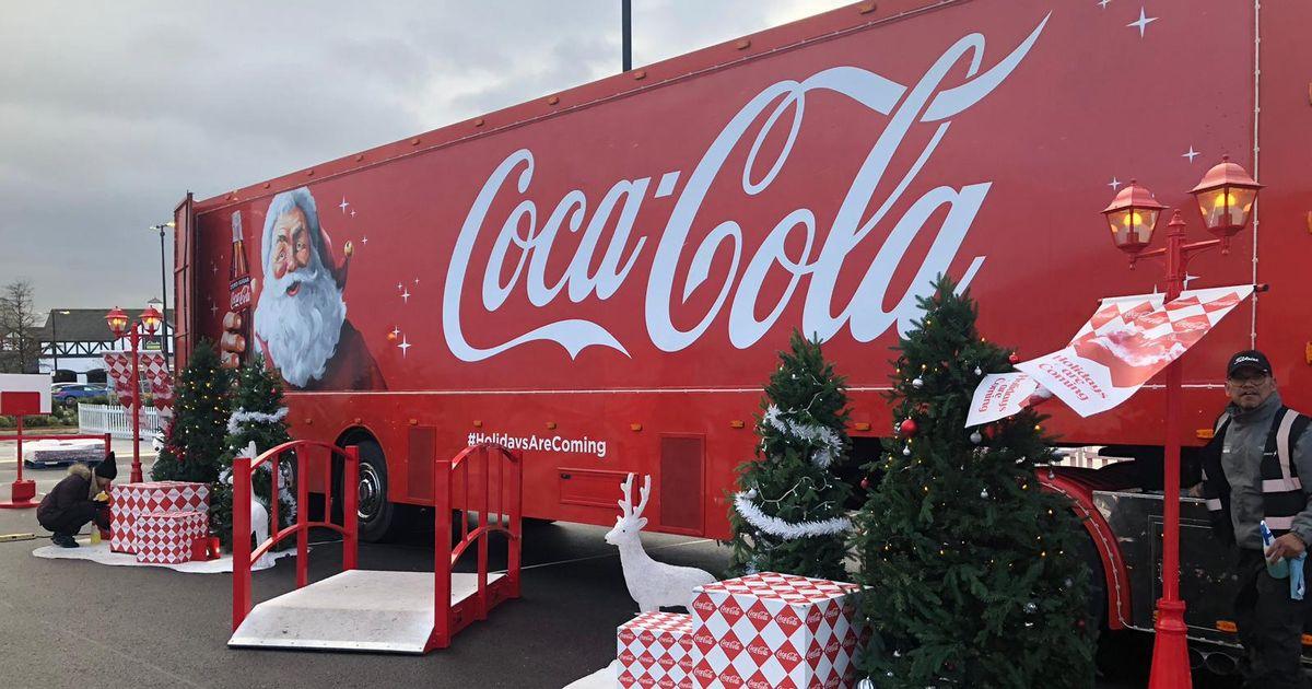 Recap: The Coca Cola Truck Comes To Cheshire Oaks photo