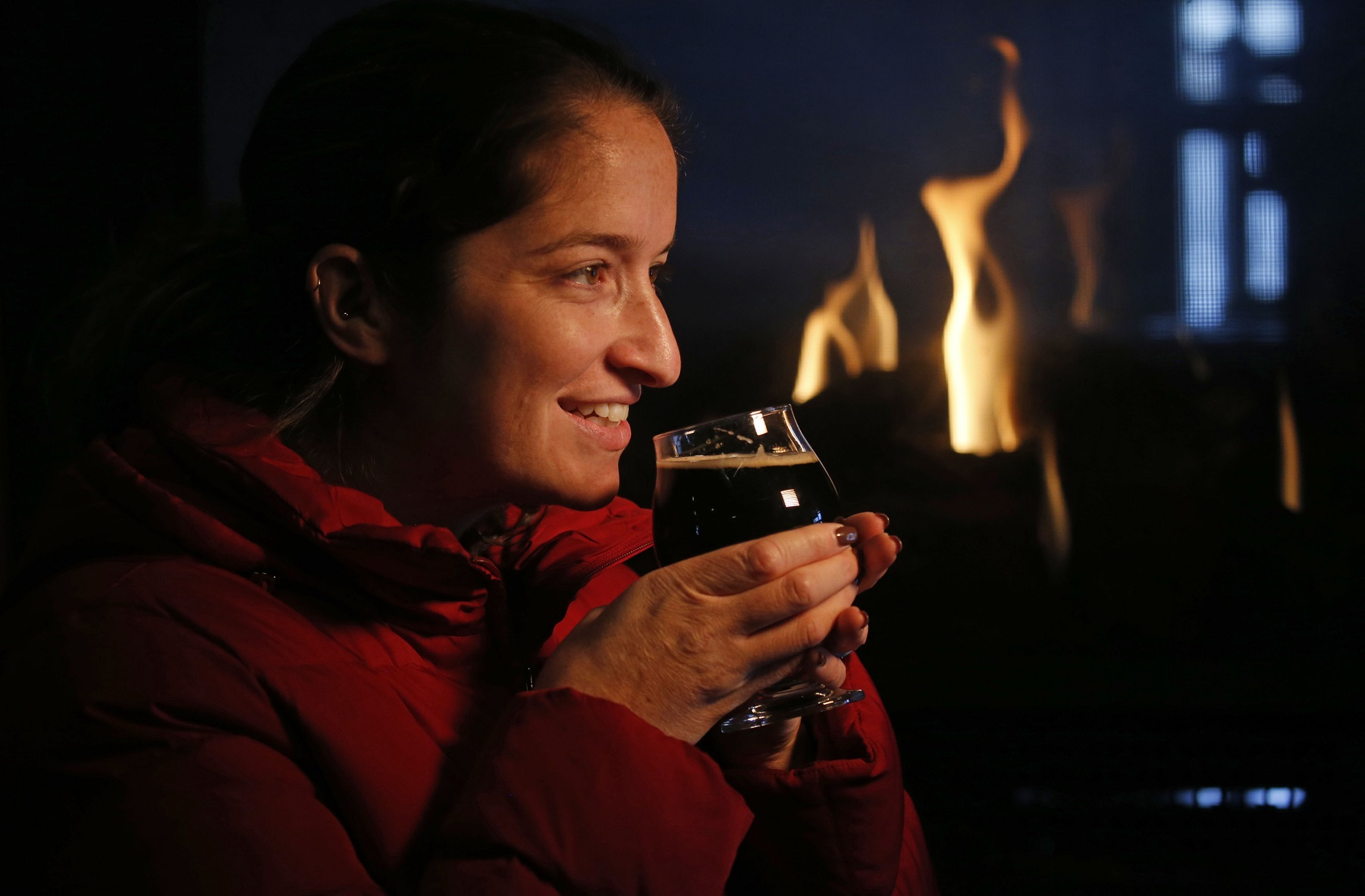 7 Hot Spots To Grab A Beer And Warm Your Bones By The Fireplace photo