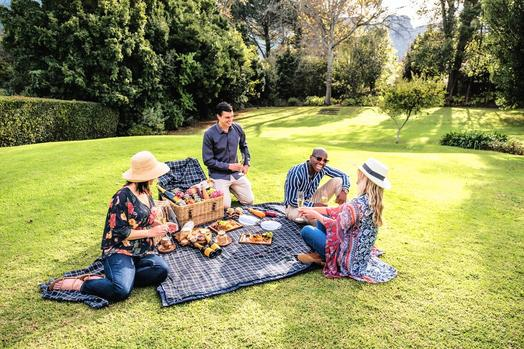 7 Tips For Hosting A Picnic Or Braai In A Public Park photo