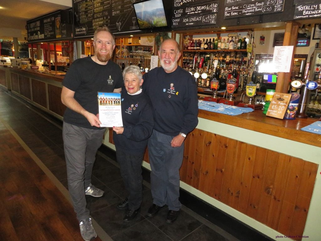 Rnli West Bridgford And Castle Rock Raise Cash From Fish Suppers ? West Bridgford Wire photo