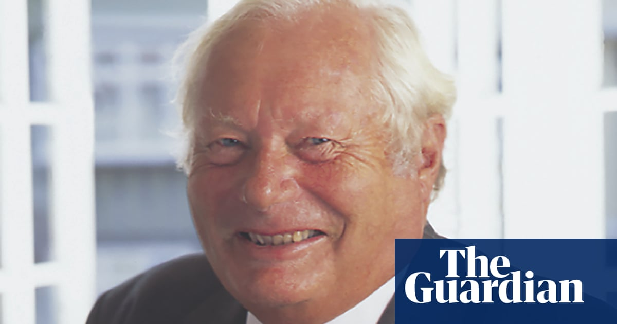 Robert Neame Obituary photo