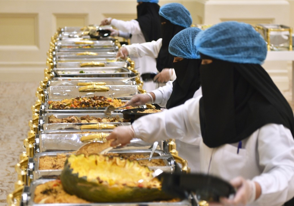Saudis Resist 'throwaway' Culture Of Food Waste photo