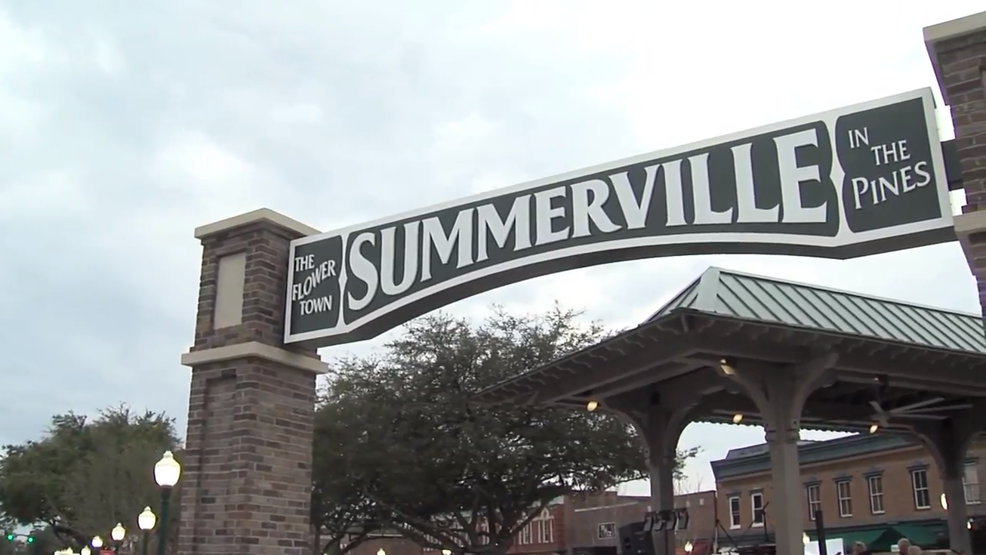 Anheuser-busch Says Summerville Commercial Is Not For Budweiser Or Super Bowl photo