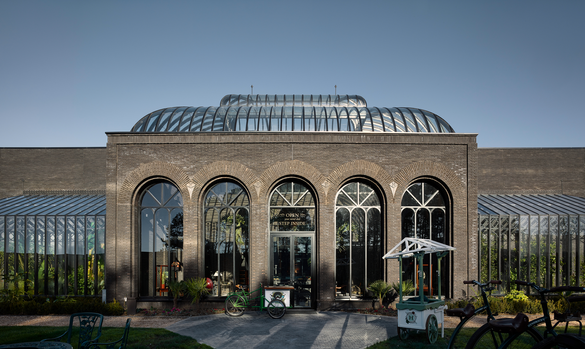 Hendrick?s Gin Palace & Distillery / Michael Laird Architects photo