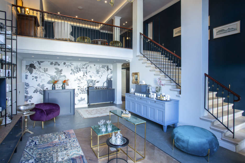 La Botessa Hotel: A Regal Addition To Cape Town?s Church Square photo