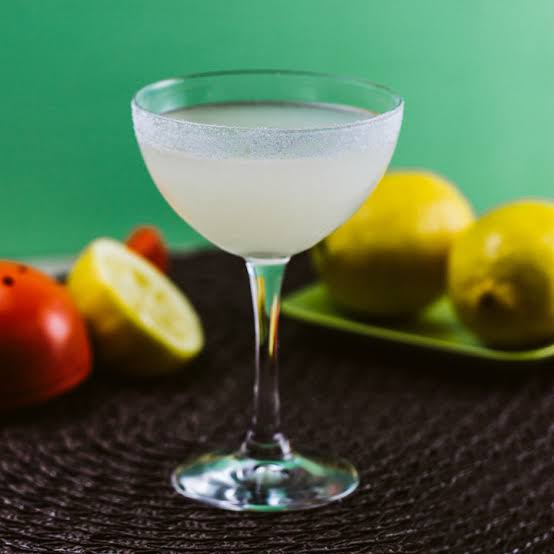 3 Things You Should Know About the Lemon Drop photo