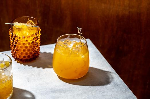 Non-alcoholic Drinks To Ring In The New Year photo