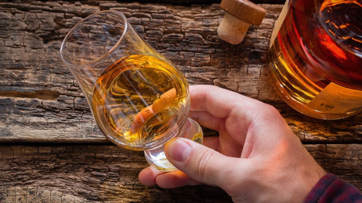 Six Whiskies For Burns Night? Whisky And Water Connoisseur's Verdict photo
