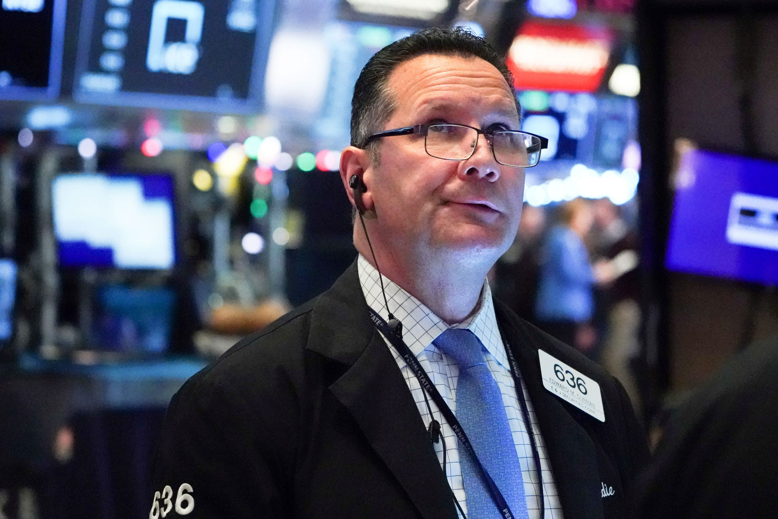 Stocks Making The Biggest Moves Premarket: Dr Horton, Arconic, Starbucks, Boeing & More photo