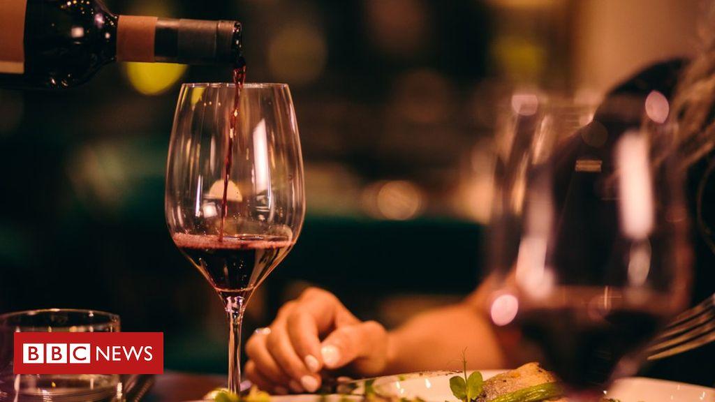 US wine sellers compare Trump's proposed tariffs to Prohibition photo