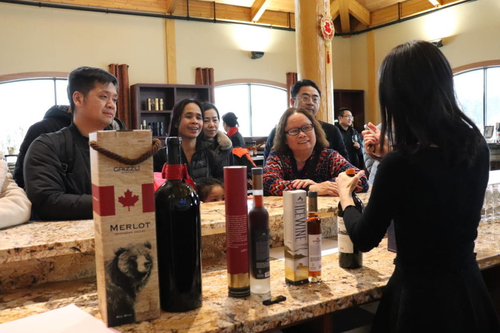 Icewine Lovers Gather At Grizzli For First Annual Festival photo
