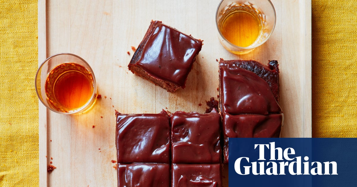 Tamal Ray's Recipe For Date Traybake With Toffee photo