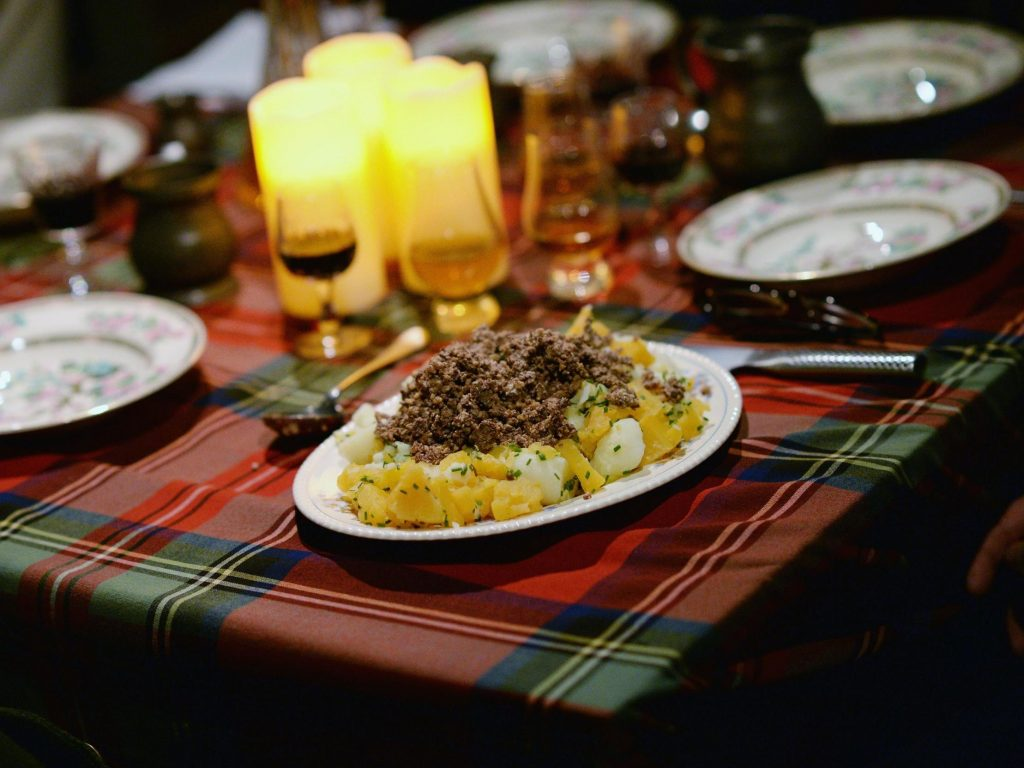 Burns Night 2020: When Is It, How Is It Celebrated And What Constitutes Traditional Dinner? photo