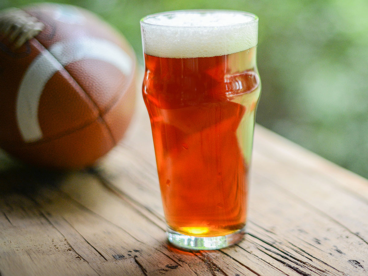 beer football1 Sports and Beer – The Inevitable Connection