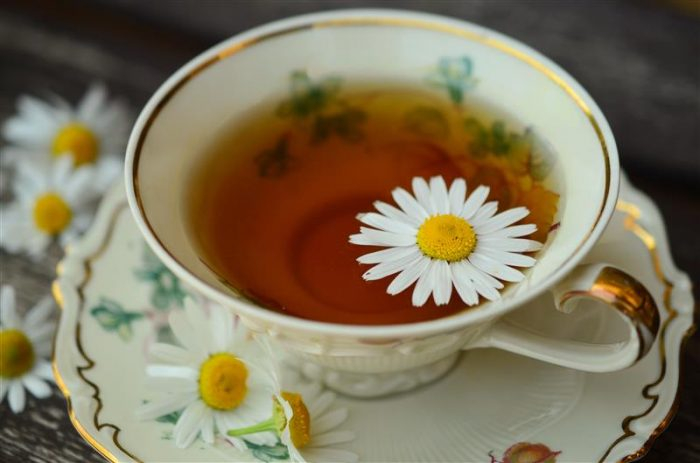 tea flower cup dish food produce 874492 pxhere.com Custom 700x463 5 Powerful Foods and Drinks That Help With Anxiety