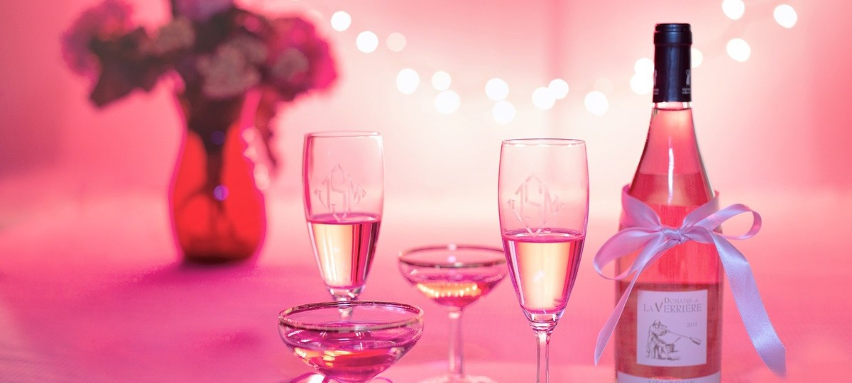 5 Great Valentine's Bubblies, By Robert Whitley photo