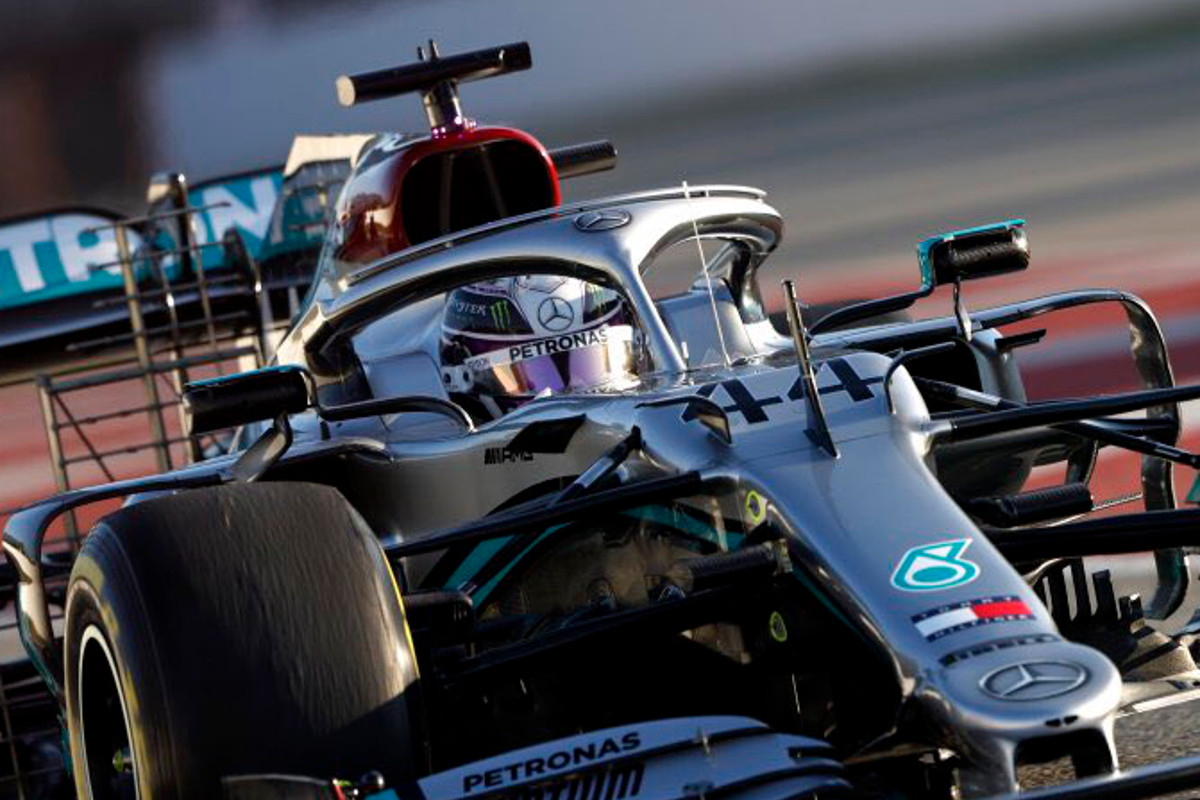 Formula 1: Mercedes' Steering Wheel Raises Questions About Legality photo