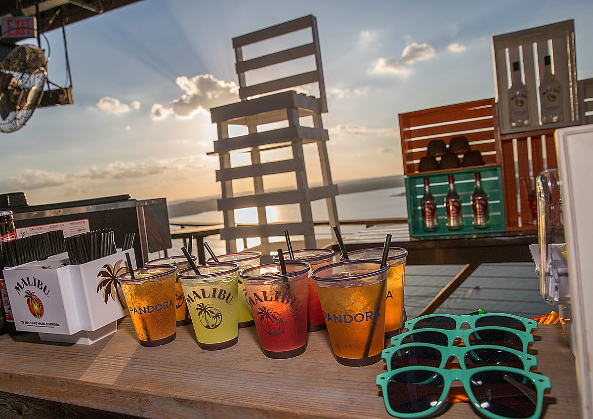 Malibu Rum Recently Launched New Sparkling Drink photo