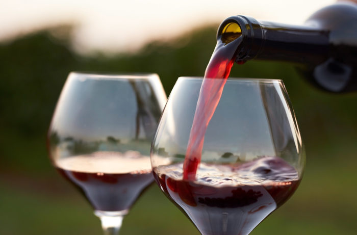 Comprehensive Study On Semi-sweet Red Wine market 2020-2025 By Top Key Players Like E&j Gallo Winery, Constellation, Castel, The Wine Group, Accolade Wines, Concha Y Toro, Treasury Wine Estates – Instant Tech Market News photo