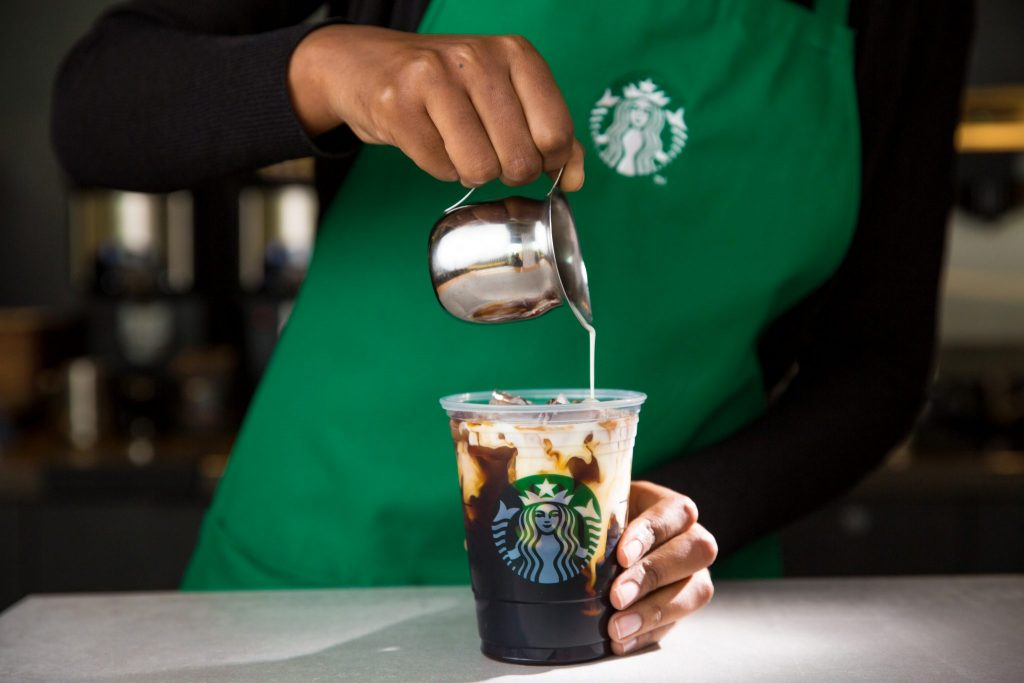 New Starbucks Airport Partnership Aims For More Coffee, Fewer Lines photo