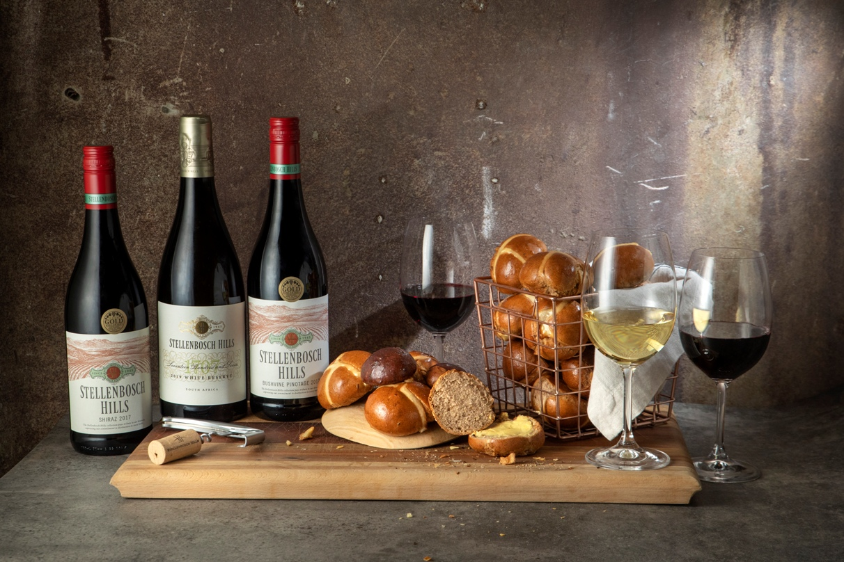 Stellenbosch Hills spreads April cheer with Hot Cross Bun and Wine Pairing photo