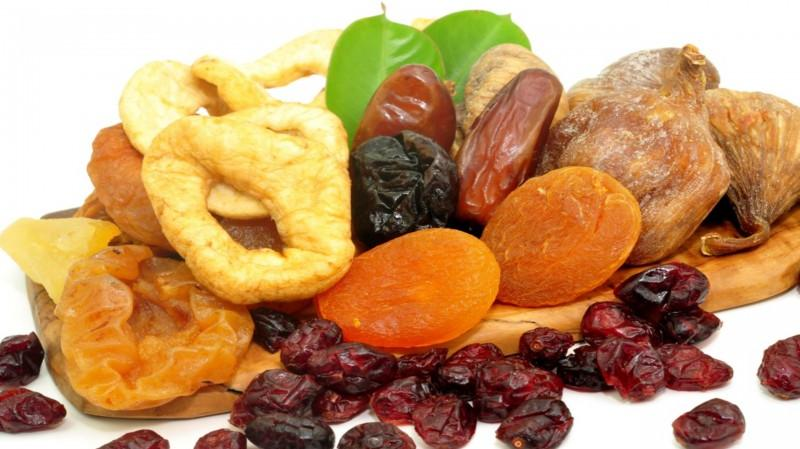 Everything You Should Know When Consuming Dried Fruit photo