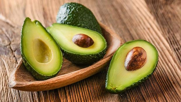 5 Signs You Are Romantically Involved With Avocado photo