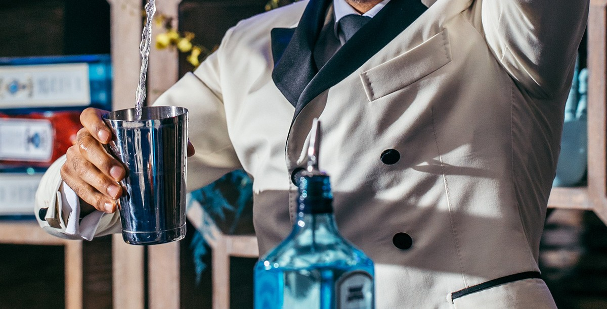 Bombay Sapphire Is Building Out Its Ambassador Program To Get Flyover States Drinking Gin photo
